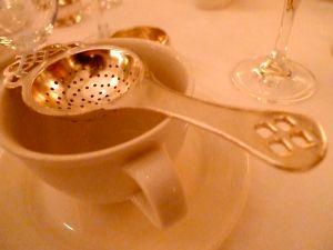 tea strainer What is herbal tea?