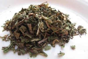 dried dandelion leaves 300x201 Dandelion Tea